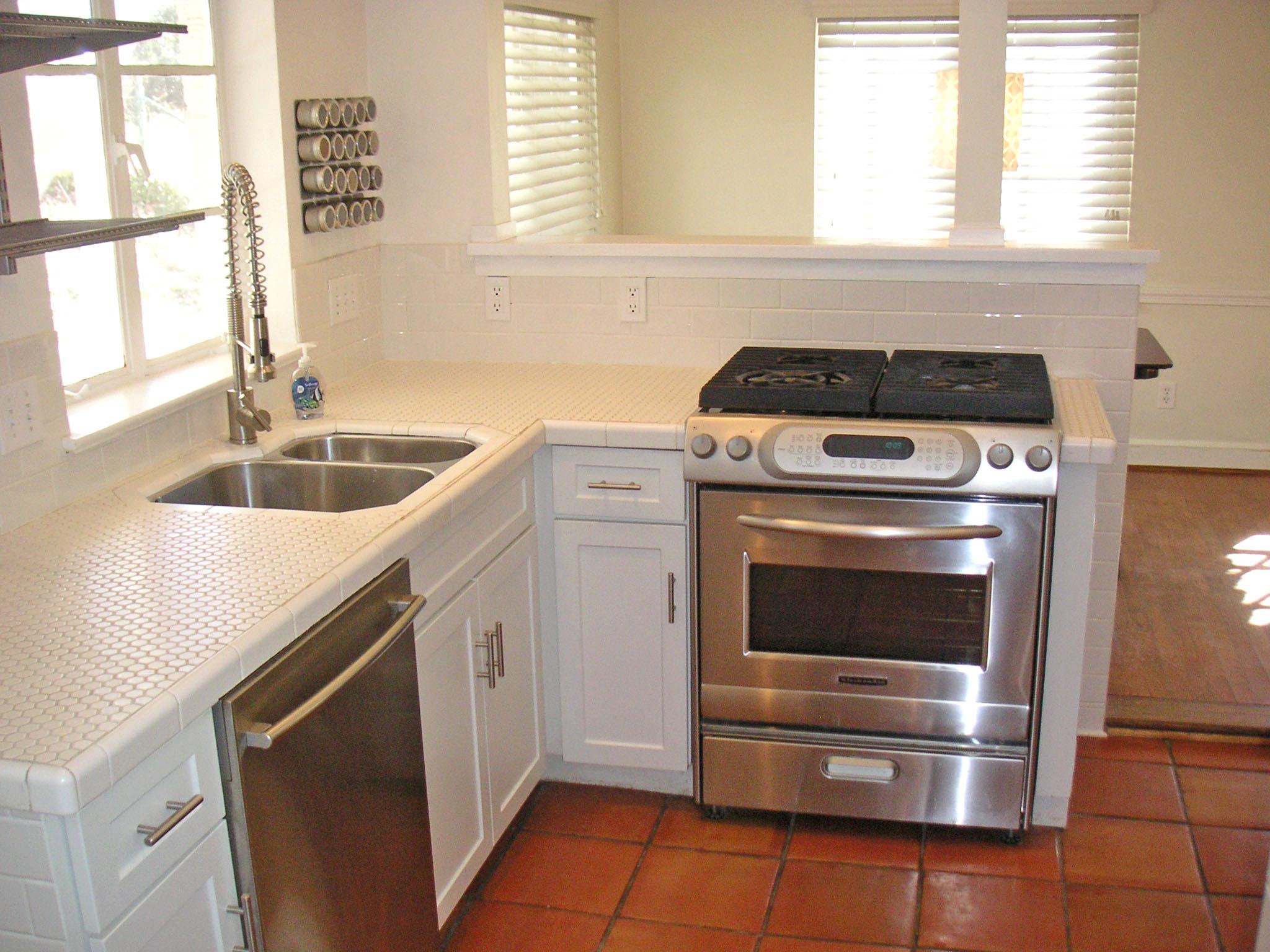 kitchen sink size